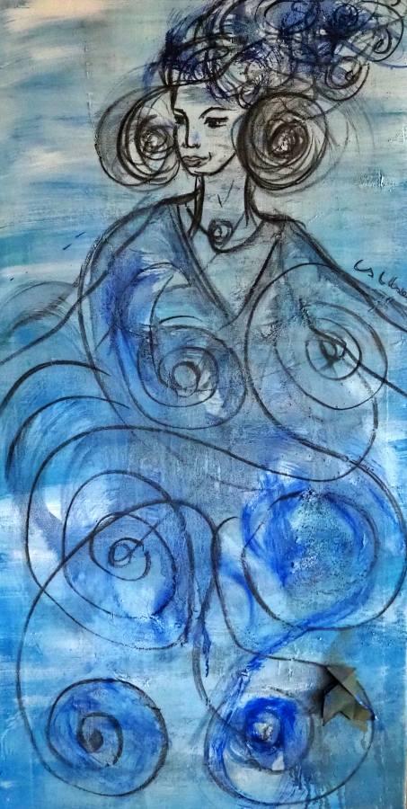 Mujer con pájaro de papel